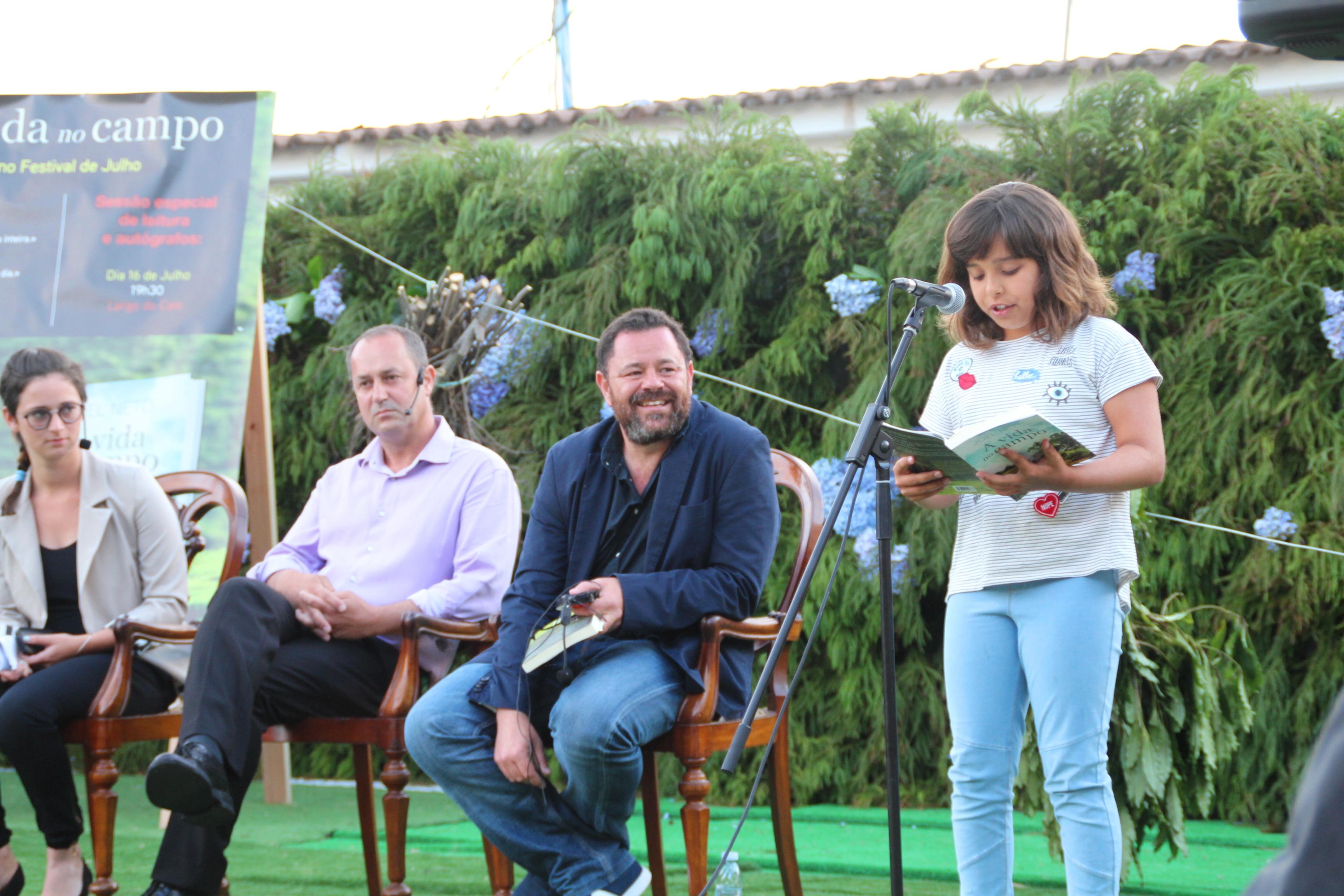 """Apresentação do livro """"Vida no Campo"""" do escritor Joel Neto. Festival de Julho / 2016 (reportagem fotográfica)"""