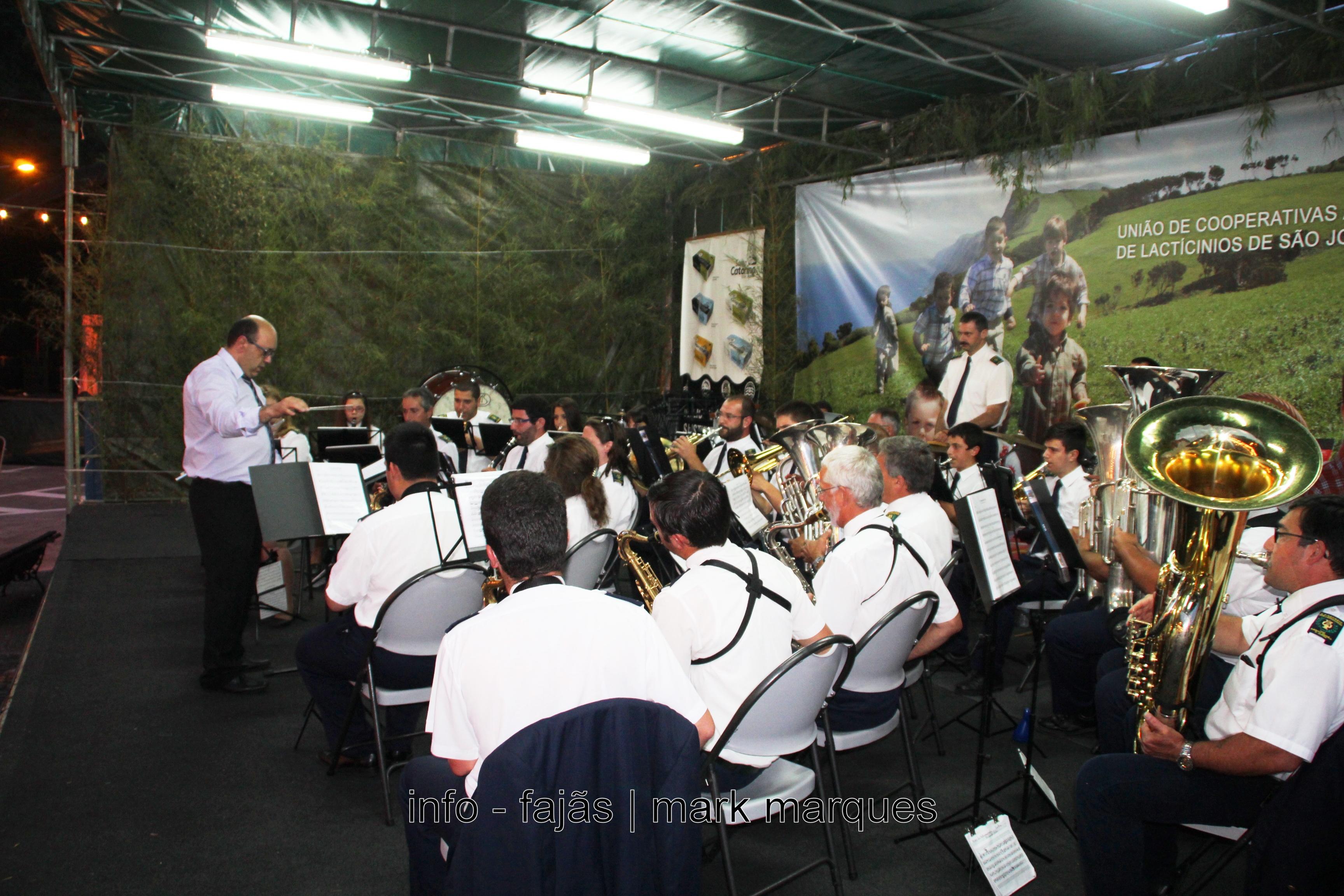 Banda Filarmónica Recreio dos Lavradores atua na Calheta, no Festival de Julho 2016. (c/vídeo)
