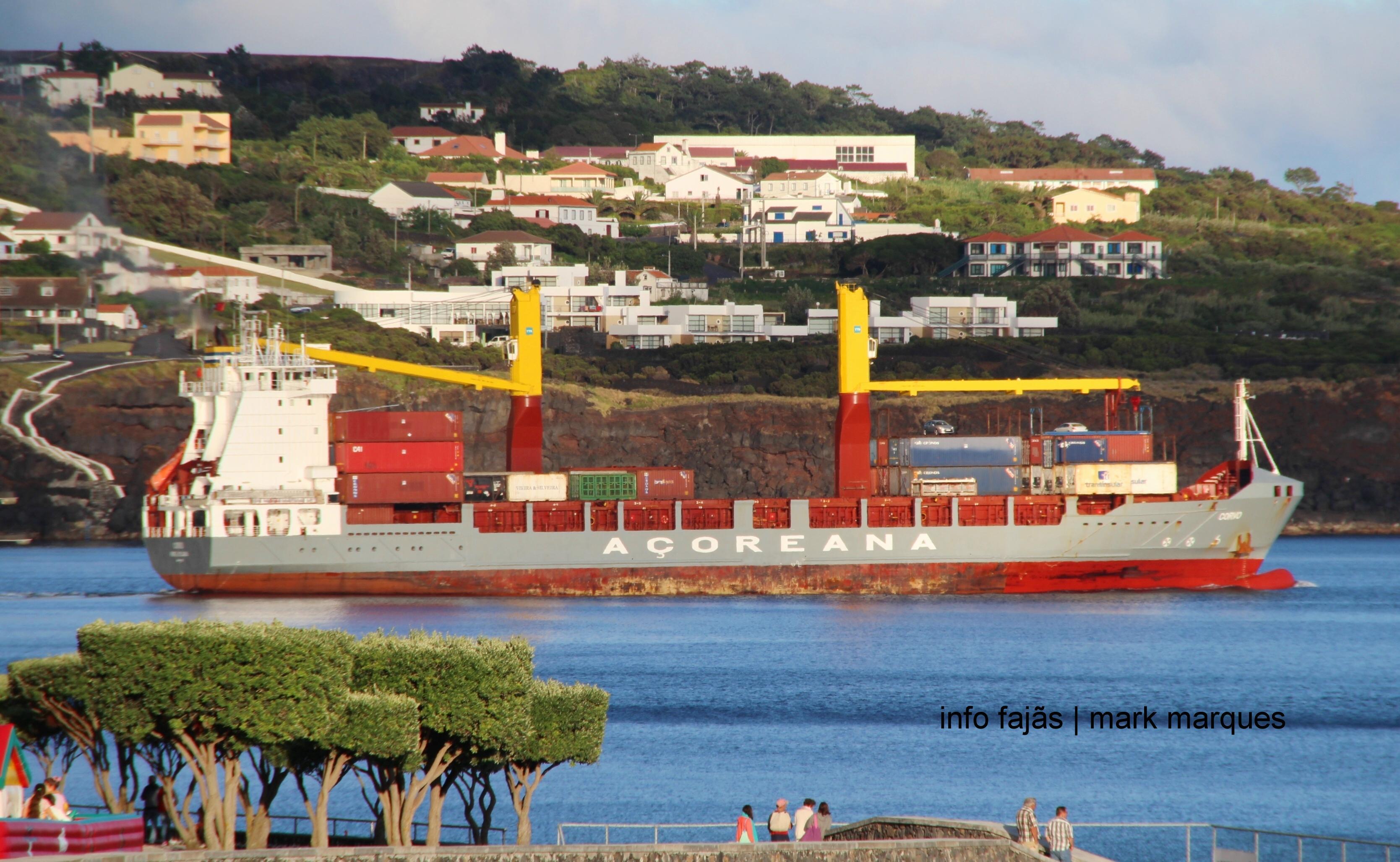 BAÍA DAS VELAS – ILHA DE SÃO JORGE (Açores)