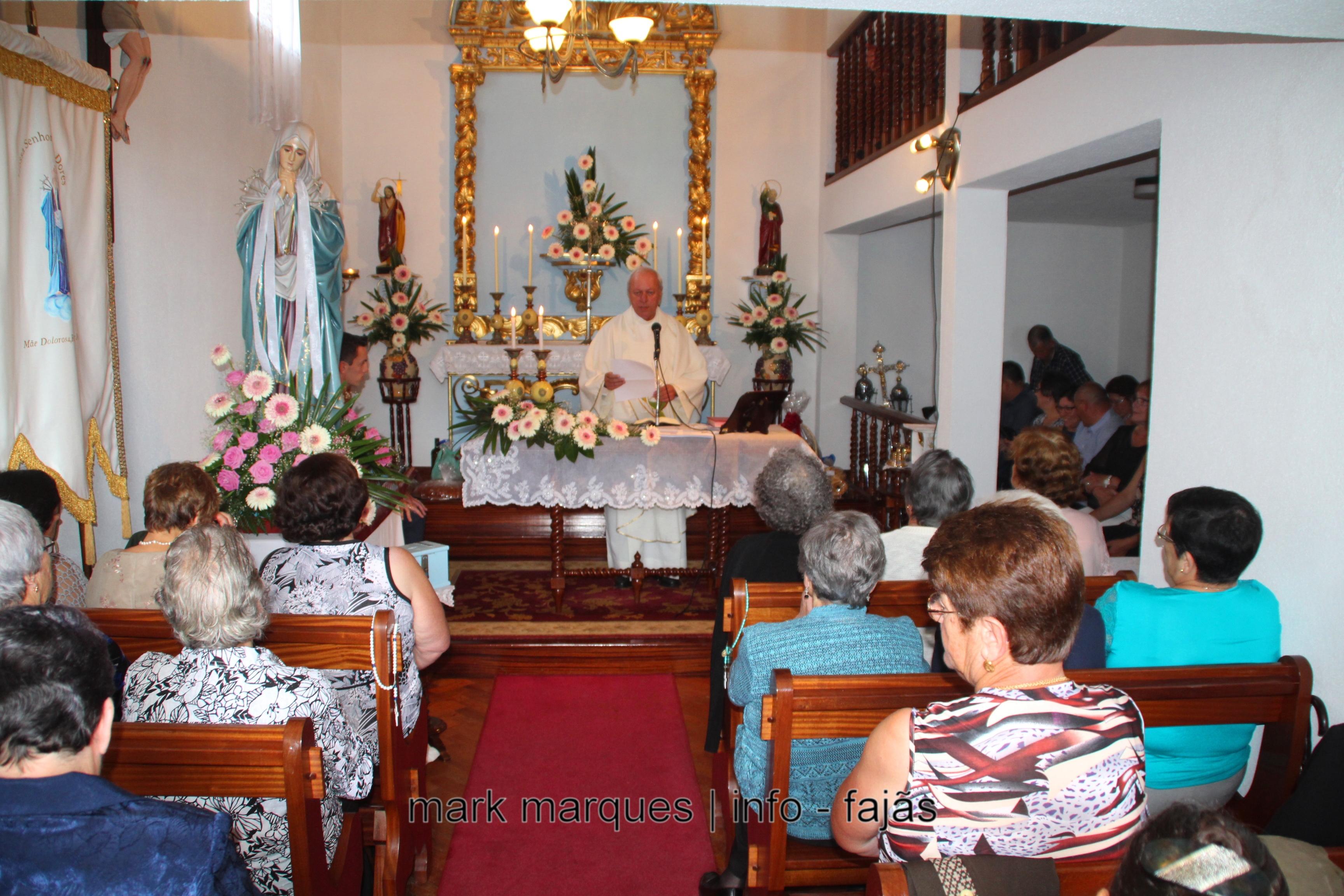 MISSA SOLENE E ARREMATAÇÕES NA FAJÃ DO OUVIDOR – ILHA DE SÃO JORGE.(reportagem fotográfica)