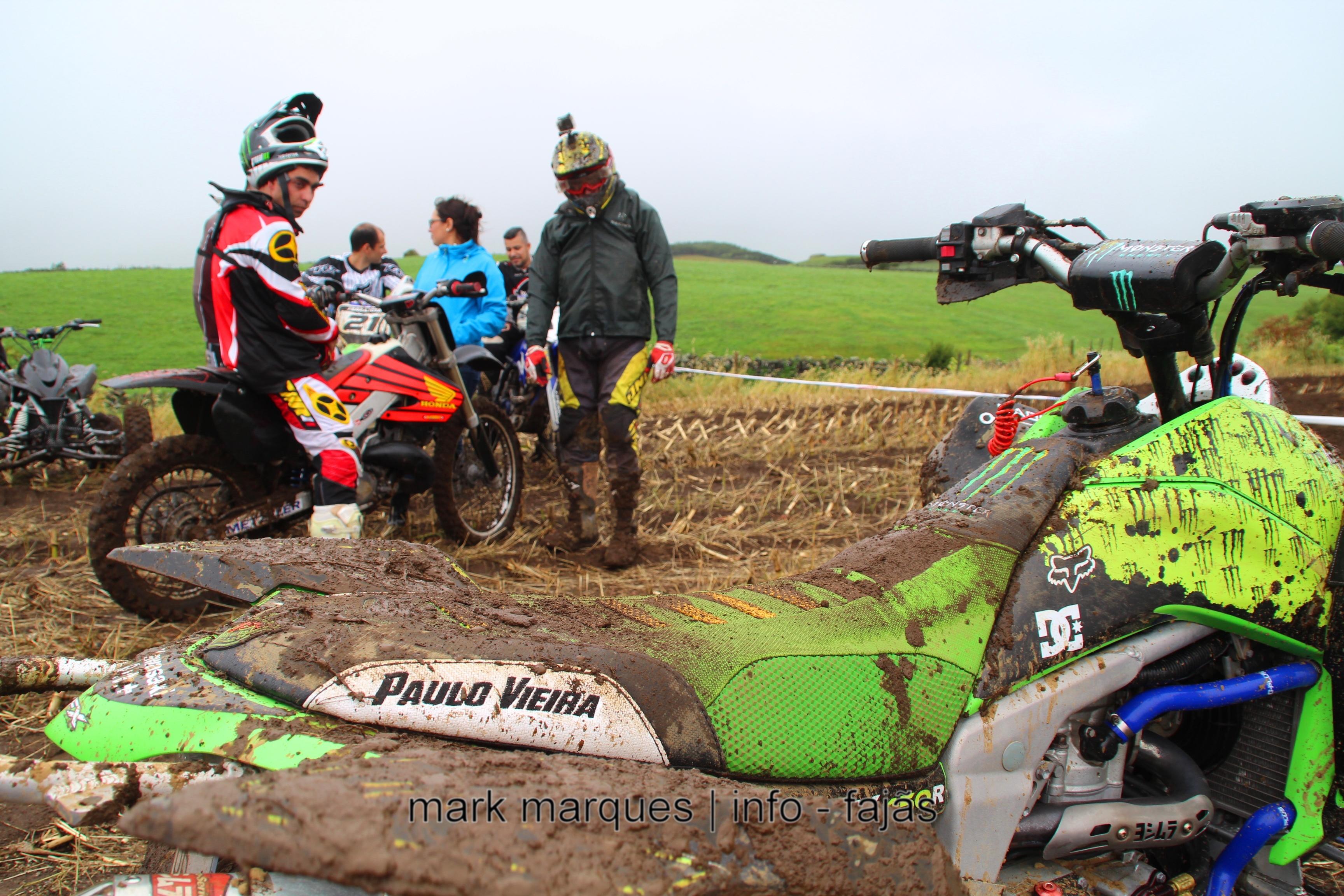 TROFÉU TT DE MOTOS E MOTO4 – ILHA DE SÃO JORGE. (reportagem fotográfica)