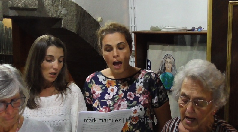 GRUPO CORAL DAS VELAS – ILHA DE SÃO JORGE. (c/ vídeo)