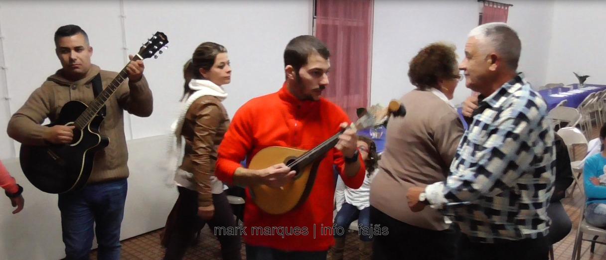 """""""BAILE DE RODA"""" – FESTA DO ANIVERSÁRIO DA BANDA FILARMÓNICA DE SANTO AMARO – ILHA DE SÃO JORGE. (c/ vídeo)"""
