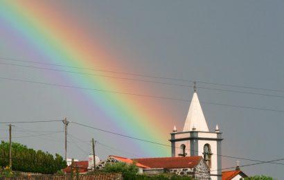 Proteção Civil alerta para previsão de chuva e trovoada nos grupos Central e Oriental