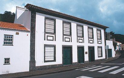 Museu Francisco de Lacerda promove exposição e concurso de postais de Natal – Ilha de São Jorge.
