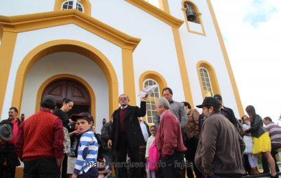 MISSA EM HONRA DE SANTO ANTÃO / ARREMATAÇÕES (Santo Antão – Topo) – São Jorge. (reportagem fotográfica)