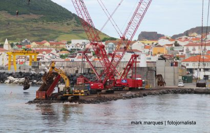 Obras no porto de Velas: Deputada tem dúvidas da funcionalidade das infraestruturas