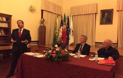 PEDRO GOMES PRESIDE À ASSOCIAÇÃO DE ANTIGOS ALUNOS DO LICEU ANTERO DE QUENTAL