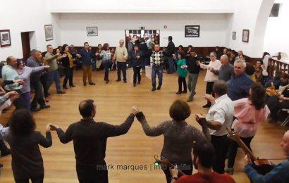"""""""CHAMARRITA"""" – SOCIEDADE UNIÃO ROSALENSE PROMOVEU BAILES REGIONAIS – ILHA DE SÃO JORGE (c/ vídeo)"""