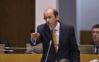 Deputado João Bruto da Costa questiona Governo regional sobre programação da SATA na Ilha Graciosa