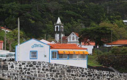 """RESTAURANTE """"CASTELINHO"""" REABRE COM NOVA GERÊNCIA – URZELINA – Ilha de São Jorge"""