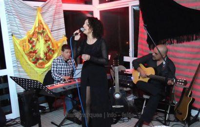"""LINA MONTEIRO ATUA NA REABERTURA DO """"RESTAURANTE URZELINA"""" – Ilha de São Jorge (c/ vídeo)"""