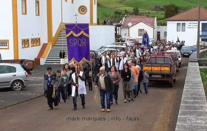 PROCISSÃO DO ENTERRO DO SENHOR– SANTO ANTÃO – ILHA DE SÃO JORGE. (c/ vídeo)