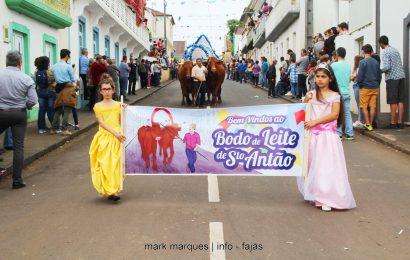 BODO DE LEITE NA FREGUESIA DE SANTO ANTÃO – Ilha de São Jorge. (c/ reportagem fotográfica)