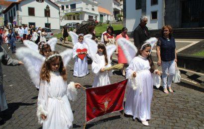 PROCISSÃO DO CORPO DE DEUS – VELAS – Ilha de São Jorge. (c/ reportagem fotográfica)