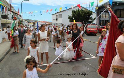 COROAÇÃO DO IMPÉRIO DO LIVRAMENTO – VELAS – Ilha de São Jorge (c/ vídeo)