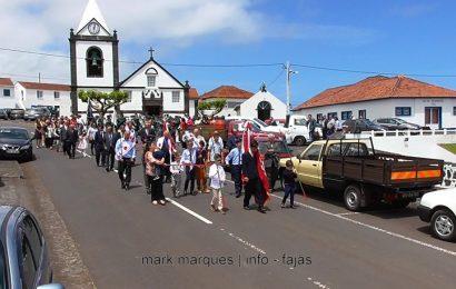 COROAÇÃO SANTÍSSIMA TRINDADE – NORTE PEQUENO- Ilha de São Jorge (c/ vídeo)