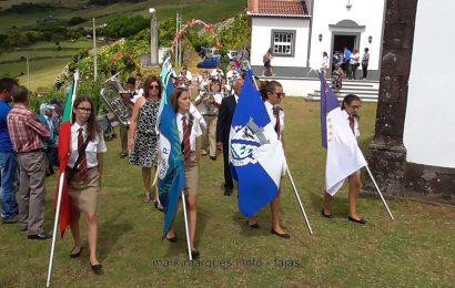 BANDA FILARMÓNICA UNIÃO POPULAR DESFILA NA FESTA DOS LOURAIS – (Loural / Ribeira Seca) – Ilha de São Jorge (c/ vídeo)