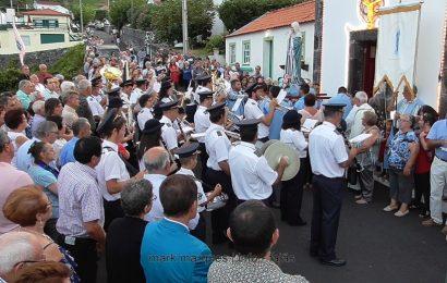 BANDA FILARMÓNICA SAÚDA Nª SRª das DORES – FESTAS DA FAJÃ DO OUVIDOR – Ilha de São Jorge (c/ vídeo)