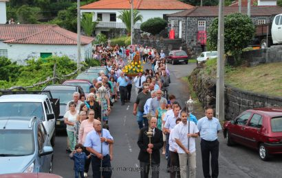 PROCISSÃO NA BOA HORA – SANTO AMARO – Ilha de São Jorge (c/ vídeo)