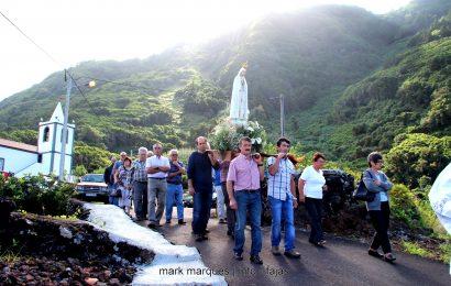 FAJÃ DA RIBEIRA D`AREIA – (MISSA, ARREMATAÇÕES E PROCISSÃO) EM LOUVOR A Nª SRª DE FÁTIMA – Ilha de São Jorge (c/ reportagem fotográfica)