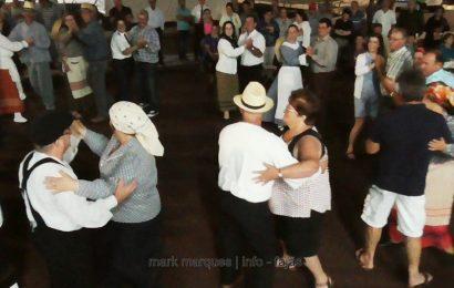 FOLCLORE DE ROSAIS DANÇA COM O PÚBLICO NAS FESTAS DA FAJÃ DO OUVIDOR – Ilha de São Jorge (c/ vídeo)