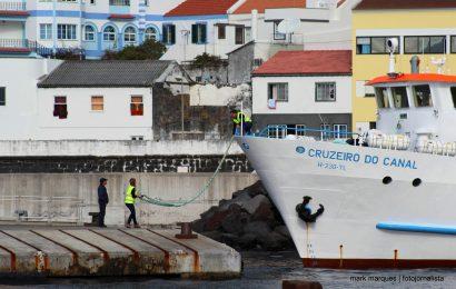 "Bebé nasce a bordo do barco ""Cruzeiro do Canal"" no percurso Pico / Faial"