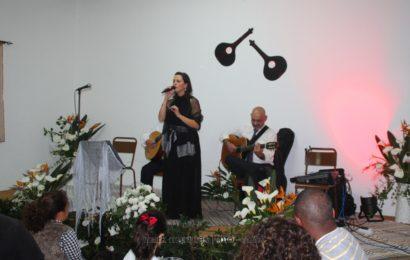 """""""NOITE DE FADOS e JANTAR"""" – Boa Hora / Santo Amaro – Ilha de São Jorge (Fadista Vânia Sousa) (c/ vídeo)"""