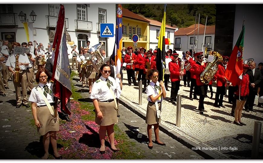 BANDAS FILARMÓNICAS SAÚDAM SÃO JORGE – Vila das Velas – Ilha de São Jorge (c/ vídeo)