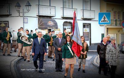 CORTEJO (PROCISSÃO) ANIVERSÁRIO DA SOCIEDADE NOVA ALIANÇA – Velas – Ilha de São Jorge (c/ vídeo)