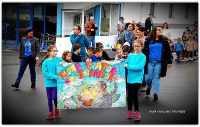 """Marcha pelos """"BONS TRATOS NA INFÂNCIA"""" – Vila das Velas – Ilha de São Jorge (c/ reportagem fotográfica)"""