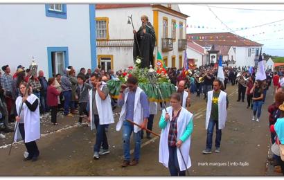 PROCISSÃO E BÊNÇÃO DO GADO – BODO DE LEITE EM SANTO ANTÃO – Ilha de São Jorge (c/ vídeo)