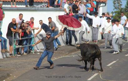 1ª TOURADA À CORDA – Santo António – Ilha de São Jorge (c/ reportagem fotográfica)