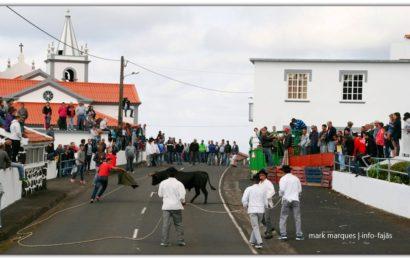 TOURADAS À CORDA – FESTA DE SANTO ANTÓNIO – Ilha de São Jorge (Próximos dias 10 e 16)