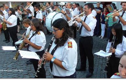 LUSITÂNIA EXECUTA MARCHA DE RUA NO ARRAIAL DE SÃO JOÃO – Vila das Velas – Ilha de São Jorge (c/ vídeo)
