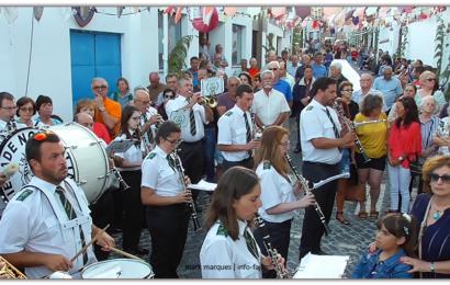 NOVA ALIANÇA EXECUTA MARCHA DE RUA NO ARRAIAL DE SÃO JOÃO – Vila das Velas – Ilha de São Jorge (c/ vídeo)