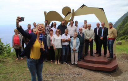 """FAJÃ DOS CUBRES COM """"PHOTOPOINT"""" (Inauguração) – Ilha de São Jorge (c/ reportagem fotográfica)"""