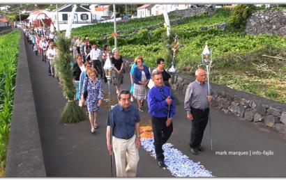 FAJÃ DOS VIMES – PROCISSÃO DE Nª SRª DO CARMO – Ilha de São Jorge (c/ vídeo)