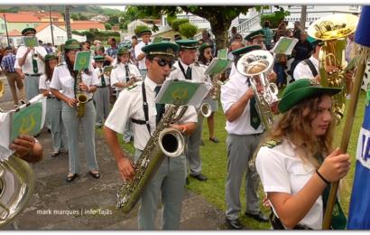 RECREIO DE SÃO LÁZARO SAÚDA IGREJA – Ilha de São Jorge (c/ vídeo)