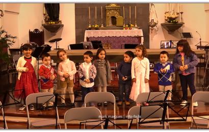 """Crianças do Jardim de Infância """"Bem-me-quer"""" na festa do Natal – Santo Antão – Ilha de São Jorge (c/ vídeo)"""