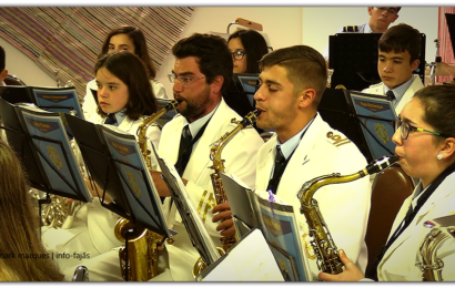 """Banda Filarmónica de Santo Amaro, interpreta """"ABBA MIA"""" – (Intercâmbio cultural) – Ilha de São Jorge (c/ vídeo)"""