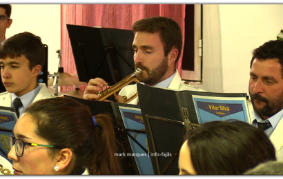 BANDA FILARMÓNICA DE SANTO AMARO EM CONCERTO – (Intercâmbio cultural) – Ilha de São Jorge (c/ vídeo)