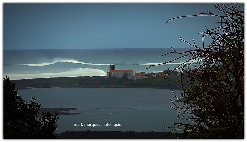 A CAMINHO DA FAJÃ DA CALDEIRA DE SANTO CRISTO – Ilha de São Jorge (c/ vídeo)