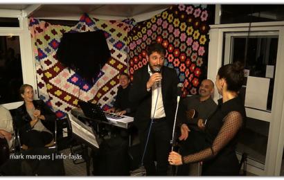 GRUPO MUSICAL E CLIENTES CANTAM OS PARABÉNS AO RESTAURANTE URZELINA – Ilha de São Jorge (c/ vídeo)