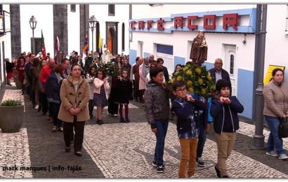 CORTEJO (PROCISSÃO) 119º ANIVERSÁRIO DA SOCIEDADE NOVA ALIANÇA – Velas – Ilha de São Jorge (c/ vídeo)