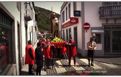 PROCISSÃO EM HONRA DE SÃO JORGE – Vila das Velas – Ilha de São Jorge (c/ vídeo)