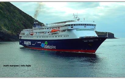 """Afinal o navio """"AQUA JEWEL"""" volta a operar nos Açores na época estival /2019. (Lotação 795 passageiros / 155 viaturas) (c/ vídeo)"""