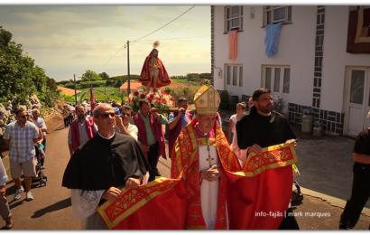 PROCISSÃO EM HONRA DO SENHOR BOM JESUS – Cruzal / Santo Antão – Ilha de São Jorge (c/ vídeo)