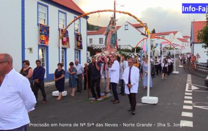 """""""TEMPOS DE ESPERA"""" – PROCISSÃO EM HONRA DE Nª SRª DAS NEVES  (2019)– Norte Grande – Ilha de São Jorge (c/ vídeo)"""