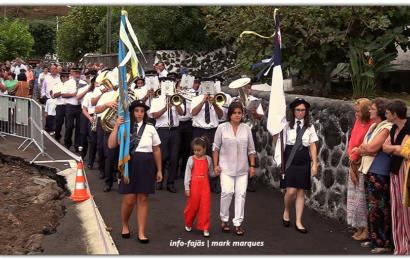RECREIO NORTENSE DESFILA NA FESTA DE Nª SRª DAS DORES – Fajã do Ouvidor – Ilha de São Jorge (c/ vídeo)